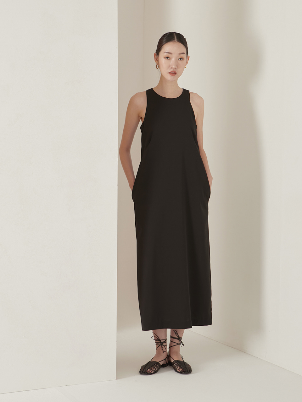 Halter neck maxi dress_black
