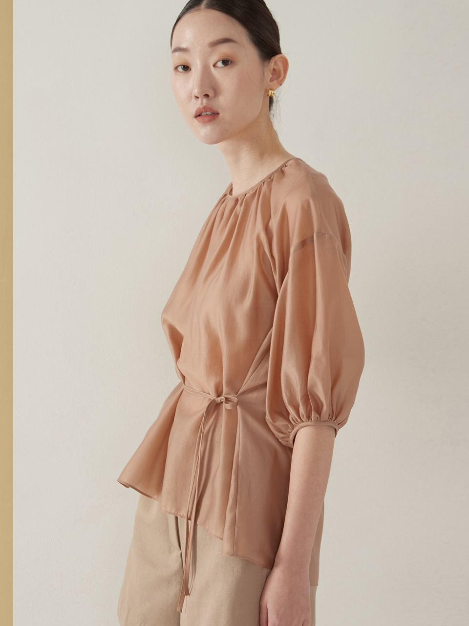 Tencel back point blouse_pink beige(예약주문 6/29~순차배송)